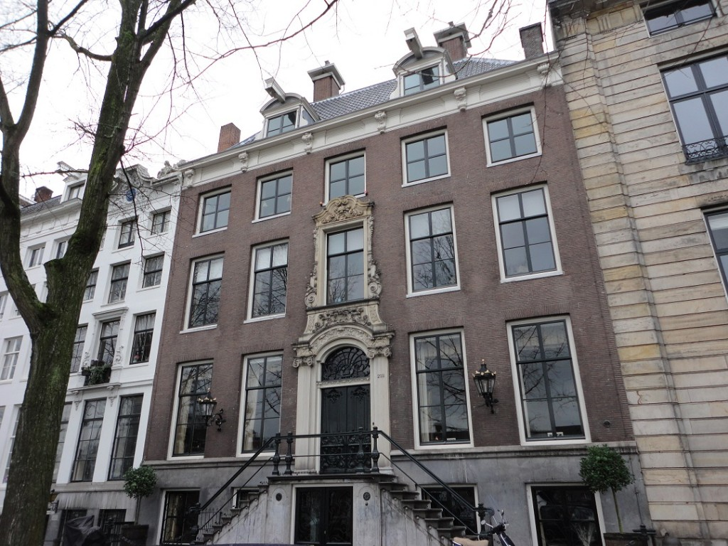 Six Collection house on Amstel